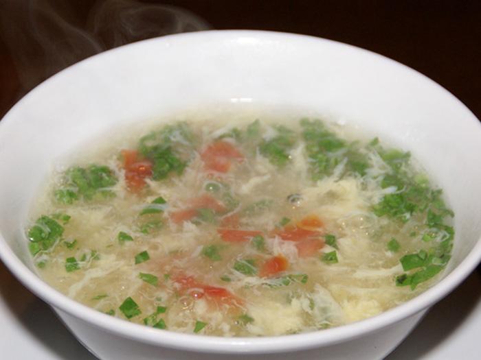 玉子とトマトスープ